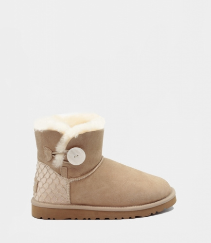 UGG BAILEY BUTTON MINI PERLA II WATERPROOF SAND