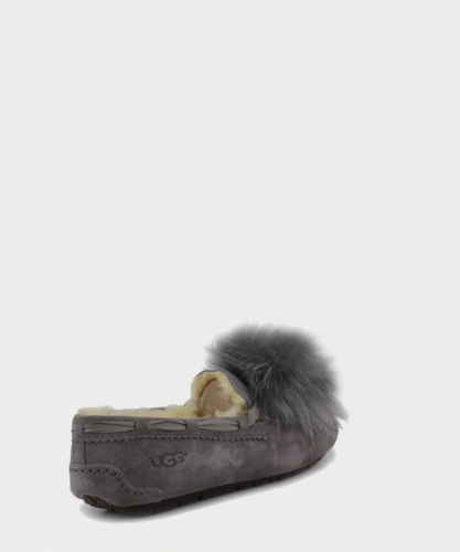 UGG DAKOTA POM POM SLIPPERS GREY фото 4