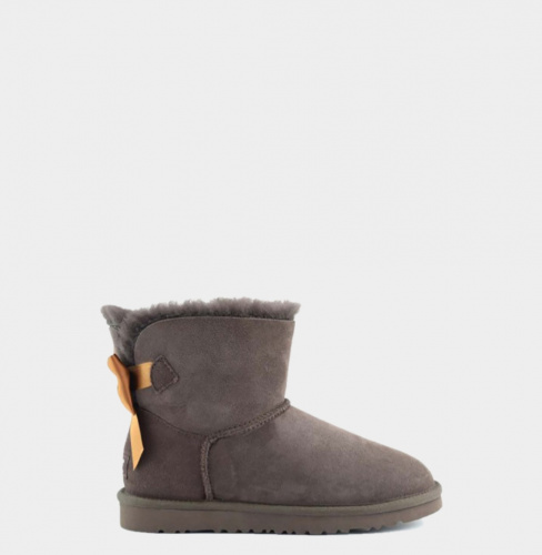 UGG BAILEY BOW MEDALLION MINI CHOCOLATE