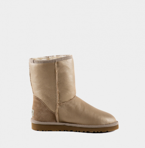 UGG CLASSIC SHORT METALLIC SOFT GOLD